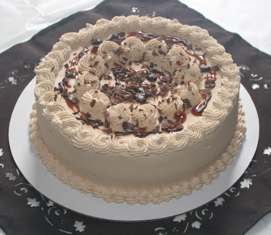 Dolce-Dolce-De-Lece-Cake