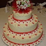 White & Red Daisies Tier Cake